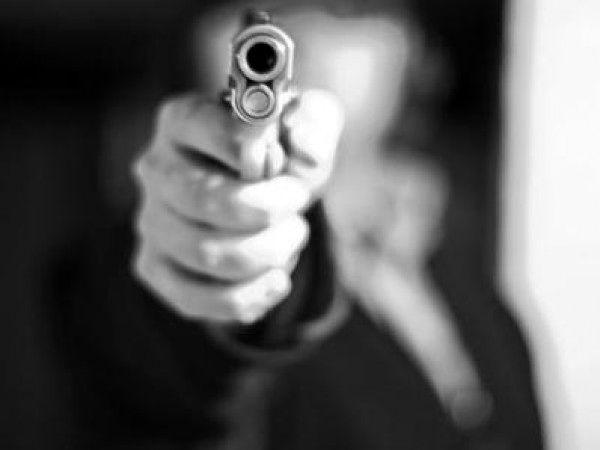 تیراندازی دو دستفروش در محوطه تئاتر شهر