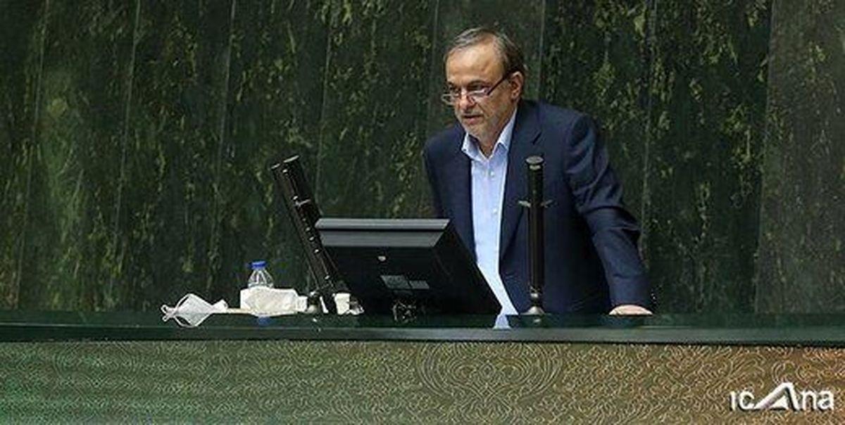 رزم حسینی: تبدیل به صادرکننده فولاد شدیم