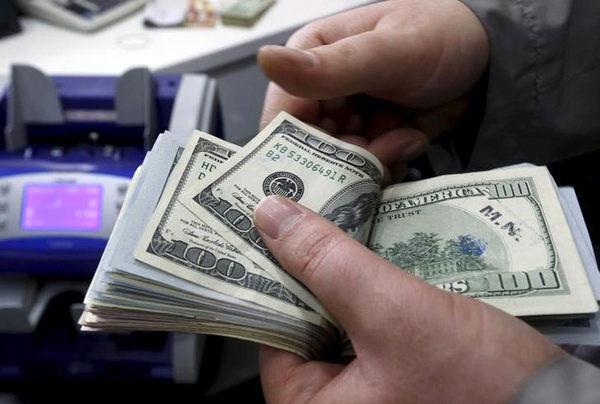 آمادگی شعب ارزی بانکها و صرافیها برای خرید ارز