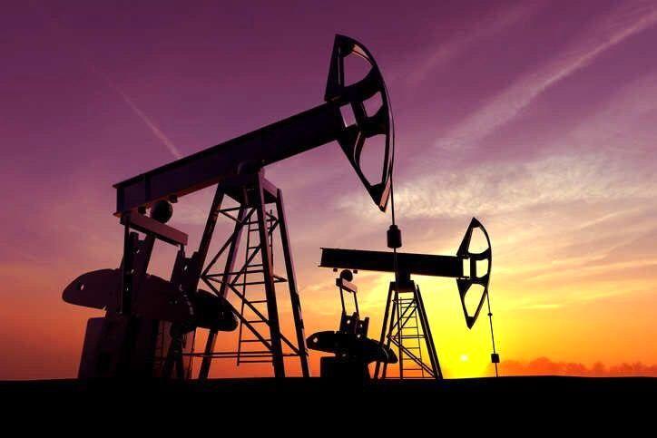 تولید روزانه نفت روسیه به کمتر از ۱۰ میلیون بشکه رسید