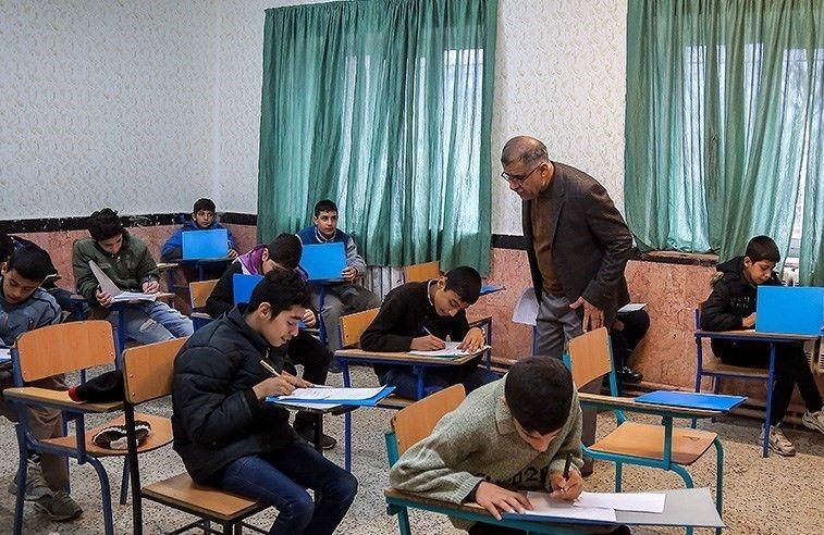 نحوه برگزاری امتحانات دانشآموزان مشخص شد/ امتحانات حضوری پایه نهم و دوازدهم