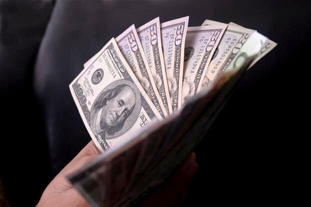 ادامه کانال شکنیهای دلار