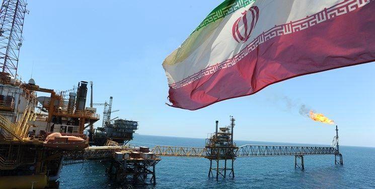 دادگستری آمریکا از دستگیری ۵ نفر به اتهام فروش نفت ایران خبر داد