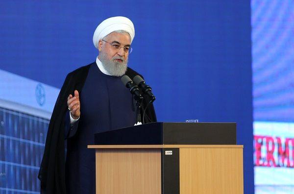 روحانی: چه ایرادی دارد که در وزارت هم دست رئیسجمهور باز باشد و بتوان وزیر زن انتخاب کرد؟