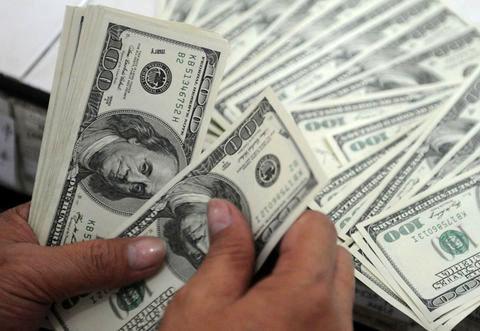 سیاستهای کاهش نرخ دلار پیگیری شود