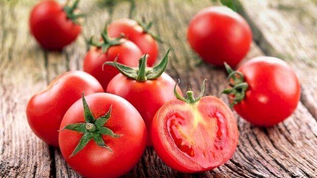 گوجه فرنگی همچنان بالای ۱۲ هزار تومان قیمت دارد