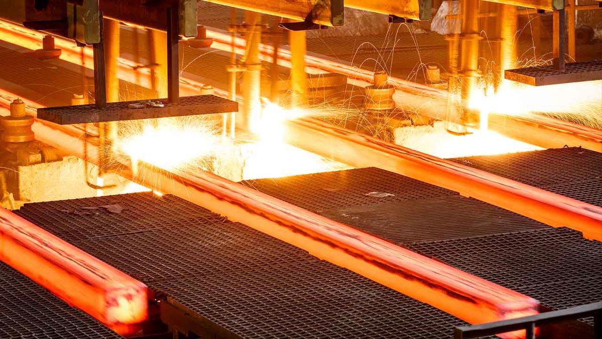 موج کاهش قیمت فولاد در بورس کالا