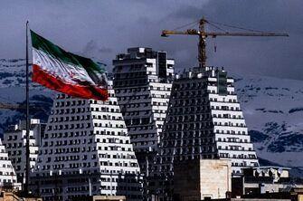 پایان رشد منفی اقتصاد ایران از سال آینده