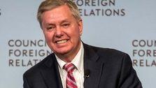 سناتور آمریکایی: باید مقامات چین را تحریم و بدهی آمریکا به این کشور را لغو کنیم