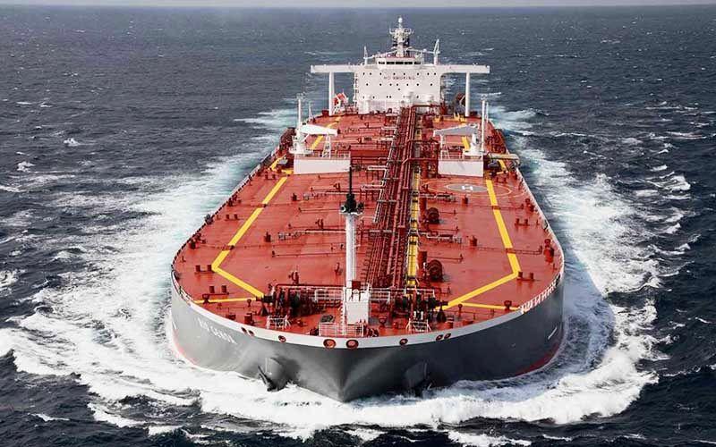 عزم جزم مشتریان نفتی ایران/ خرید نفت از ایران ادامه مییابد