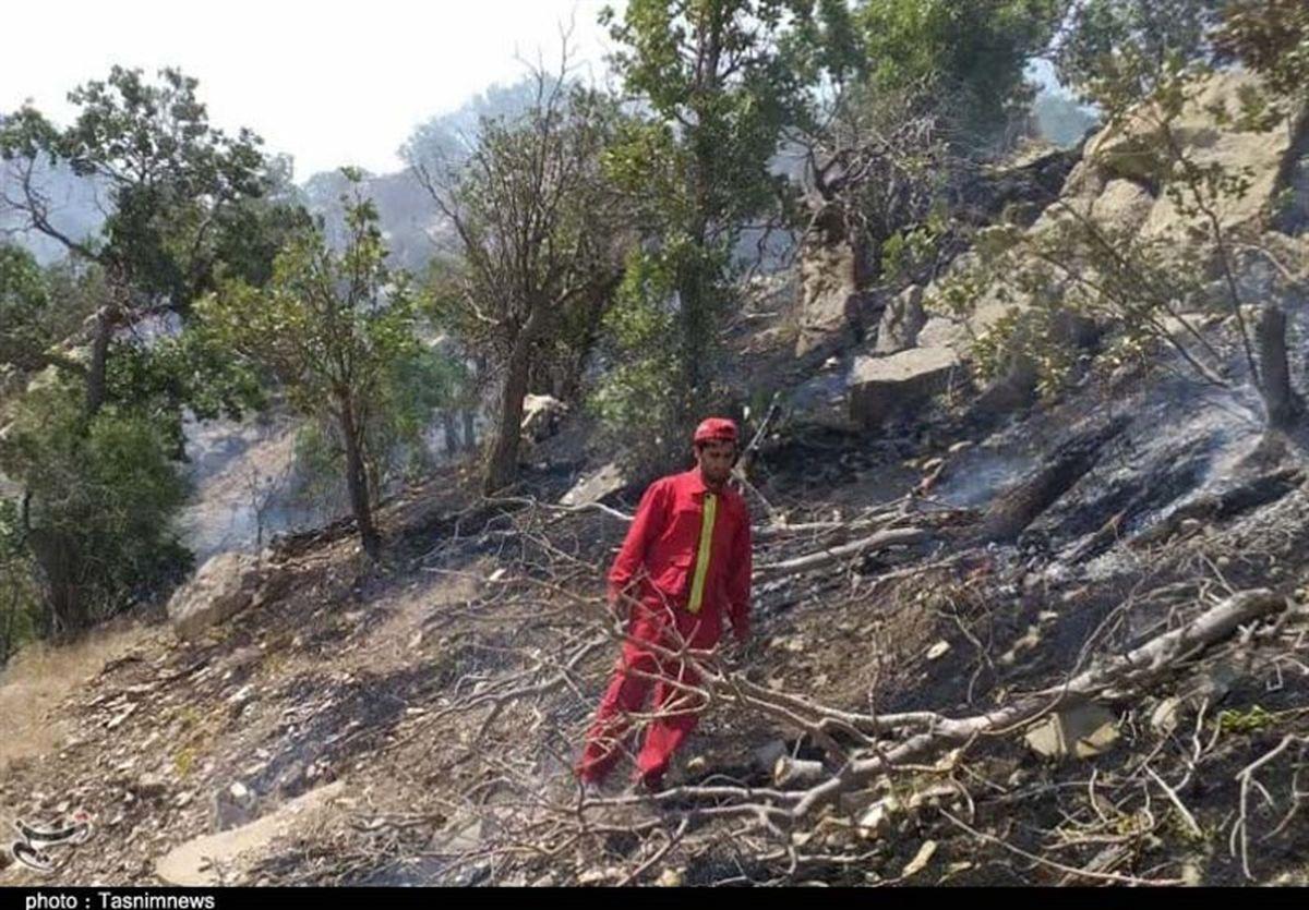 بیش از ۱۵۰هکتار در آتش میسوزد