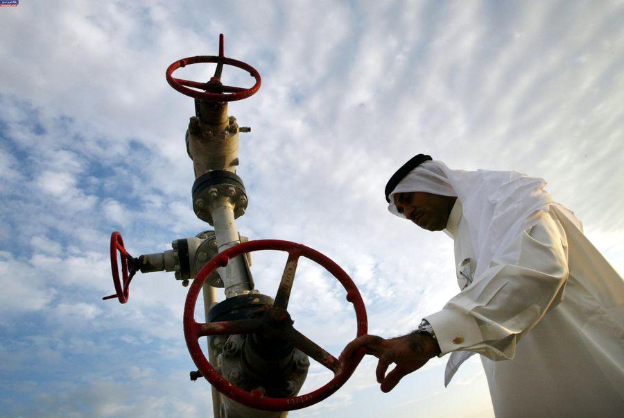 در ماه آینده میلادی؛ تولید نفت عربستان یک میلیون بشکه در روز کم می شود