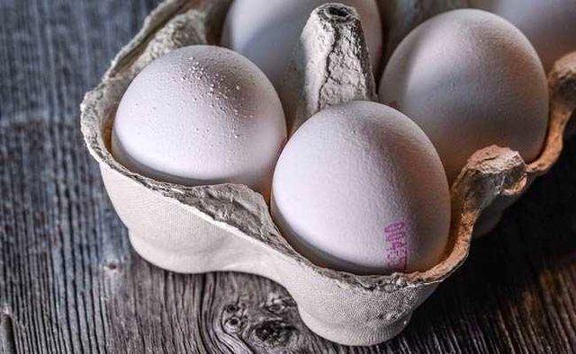 تخممرغ گران نمیشود/ پیک مصرف تخممرغ را کنترل میکنیم