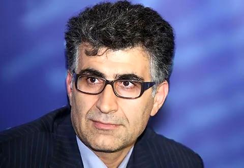اقتصاد ایران در دو راهی؛ باید مسیر تورمهای بالا اما قابل کنترل را در پیش گرفت