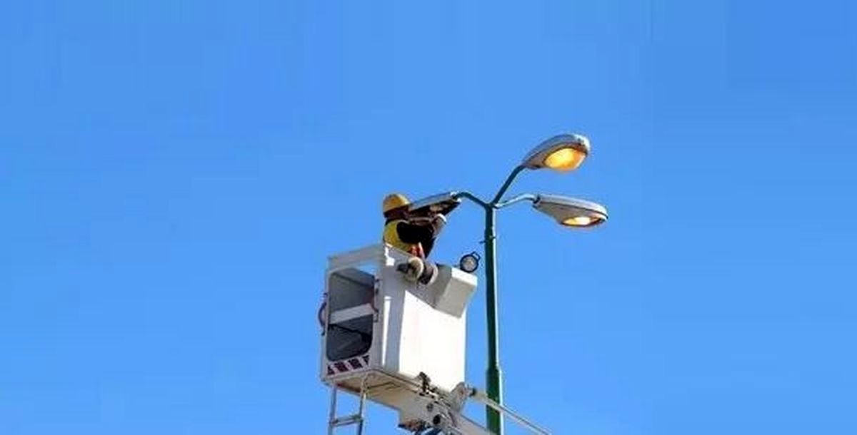 ۱۰هزار چراغ پرمصرف خیابانی جایگزین می شود