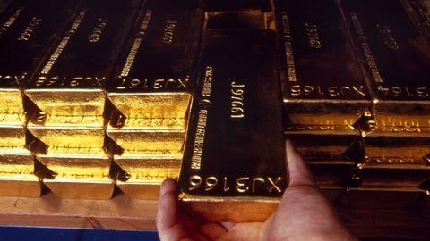 ریزش قیمت طلا به پایینترین سطح در ۳ ماه اخیر