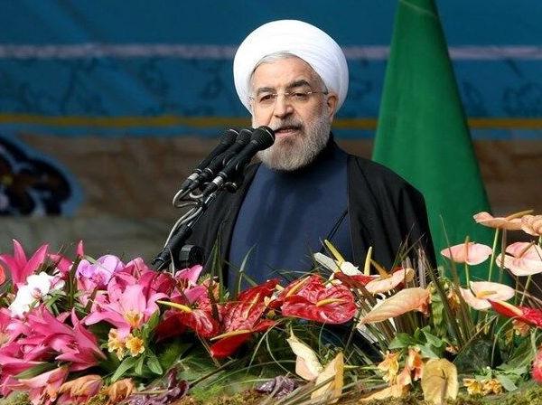 روحانی: اگر رژیم فاسق گذشته اجازه انتخاب به مردم میداد نیازی به انقلاب نبود