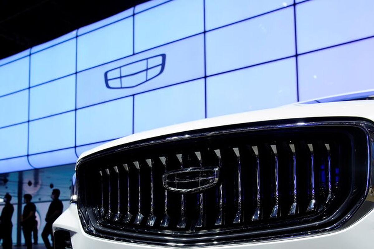 موسس شرکت خودروسازی ژیجیانگ جیلی هولدینگ چین به بازار تلفن هوشمند پیوست