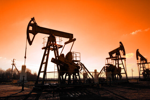نمیتوانیم این همه نفت تولید کنیم!